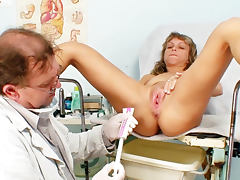 Milf receives exam from her doctor porn tube video