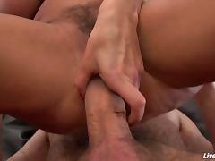 Livegonzo lisa ann rides a huge cock