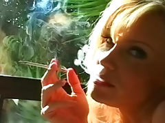 Blonde with big sexy tits smokes tube porn video