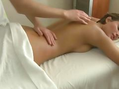 Massage babe gets toy on her pussy before sucking dick