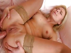 Sexy blonde has hard dick in her ass