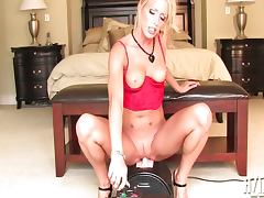 Cassie Rides the sybian machine tube porn video