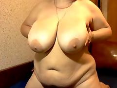 Mega boobs mature tube porn video