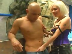 Two booty blondies are sharing a huge cock
