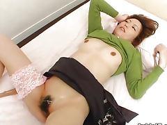 Hairy pussy girl Tomoe Hinatsu gets fucked