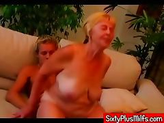 Young stud fucking fat dirty granny tube porn video
