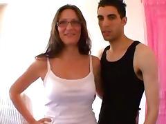 FRENCH amateur Mature ejac faciale sur les lunettes  tube porn video