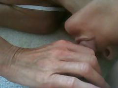 1st time camming her blowing me tube porn video