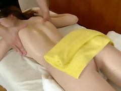 Blowjob or masseur from babe client before massage fucking