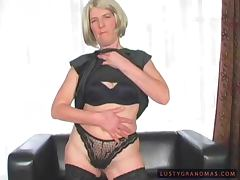 Mature blonde Terezka gets her pussy fucked and fisted
