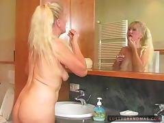 Bath, Bath, Bathroom, BBW, Blonde, Granny