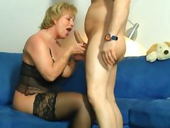 40 plus Frische Sahne fuer reife Pflaumen tube porn video