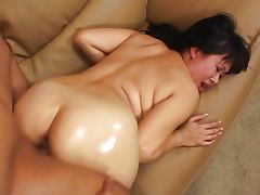 Asian pussy hammered tube porn video