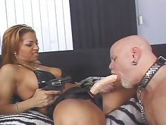 Robert hill ass banged by 2 chicks porn tube video