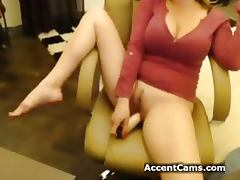 Girl with big tits chatting