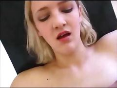 Amateur skinny blonde fucking in threesome