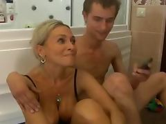 Mom and Boy, Amateur, Bath, Mature, Shower, Old and Young