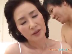 Mature Asian Woman Licked And Fingered By Young Guy On The Bed tube porn video