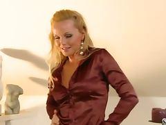 Smoking hot blondie Silvia Saint strips off tube porn video