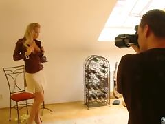 Smoking hot goddess Silvia Saint gets naked
