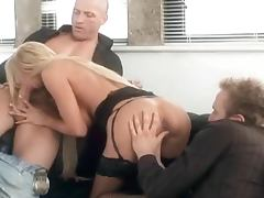 Super Hot Milf Tia Layne 2