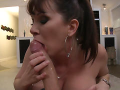 Keiran Lee is penetrating alluring beauty Rayveness