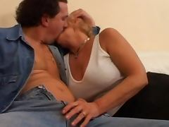 italian gilf tube porn video