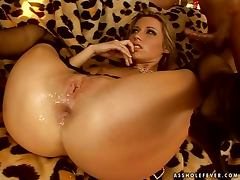 Luscious Cherry Jul gets double penetrated in country house