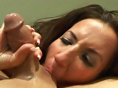 Richelle Ryan gets load in her mouth tube porn video