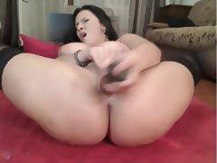busty oiled webcam