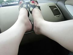 putting on my antonio melini red thongs with my new pedicure tube porn video