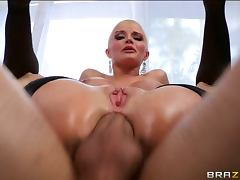Bald milf joslyn james has a pulsing anal orgasm tube porn video