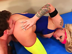 Slender tattooed babe Christy Mack is fucking after hardcore workout tube porn video
