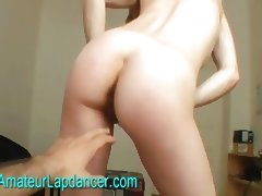 Czech housewife shows cunt and lapdances tube porn video