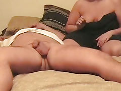 Carmen sucks cock and gets a facial
