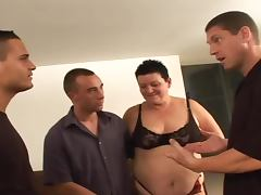 Fat mature babe getting fucked hard in both holes
