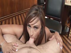 Claudia valentine sucks on her knees