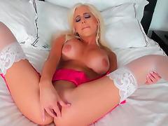 Alluring blonde Spencer Scott fucks her shaved puss tube porn video