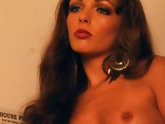 Genevieve Elaine Behind the Scenes with small tits