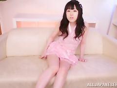 Pretty In Pink Teen Devours Her Boyfriend's Donger