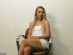 Blonde Babe's Solo Scene