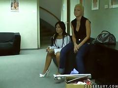 Brunette chick strips for the camera tube porn video