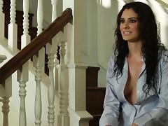 Gorgeous brunette Raquel Robin wants to come to you naked