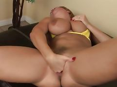 Nasty glamour fisting herself
