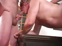 Woman fucks a guy and him to suck a cock