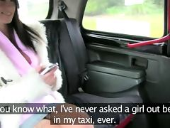 Euro brunette enjoys oral on the back seat of the cab porn tube video