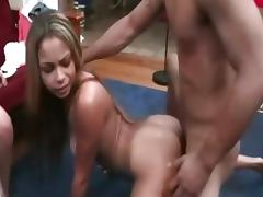 College goupsex fuck at the party