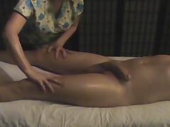 Nice handjob on a hidden cam from a naughty masseur tube porn video