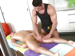Muscles Feel Good on Gay Spa Movie