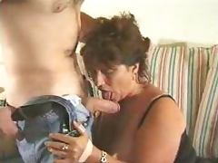 Mature BBW gets her cunt eaten and pounded remarcably well